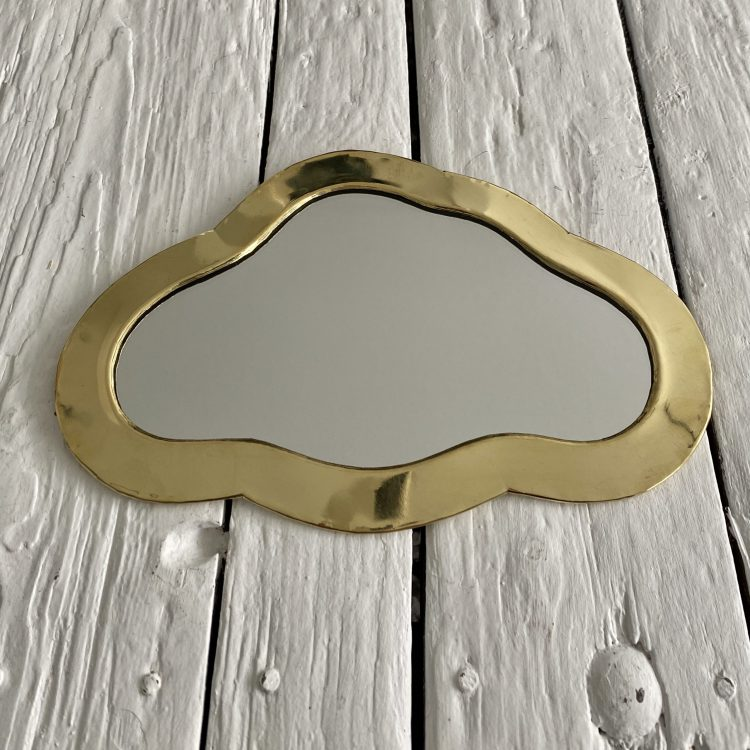 Spiegel wolk goudkleurig