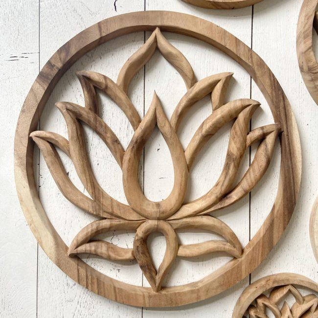 Woodcarving Lotus